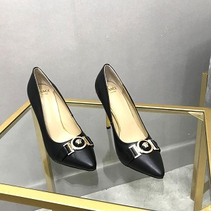 Wholesale Versace Women Shoes 1011